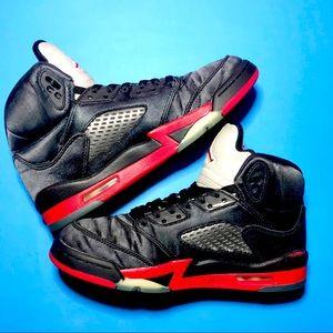 Jordan 5 Retro ' Satin Bred '